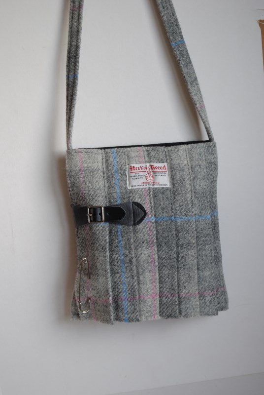 Harris Tweed Kilt Bag in a Pale Grey Tartan No5