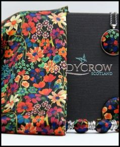 Ladycrow Silk Satin Scarf with Magnetic Clasp - Red Dreams of Summer